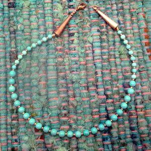 small chocker necklace